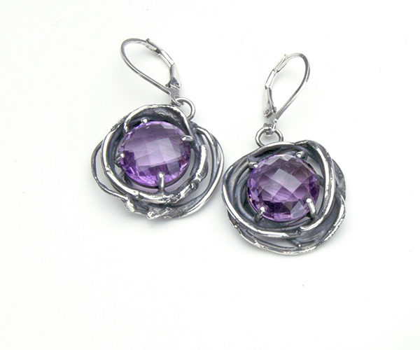 Checkerboard-faceted amethyst earrings made of sterling silver